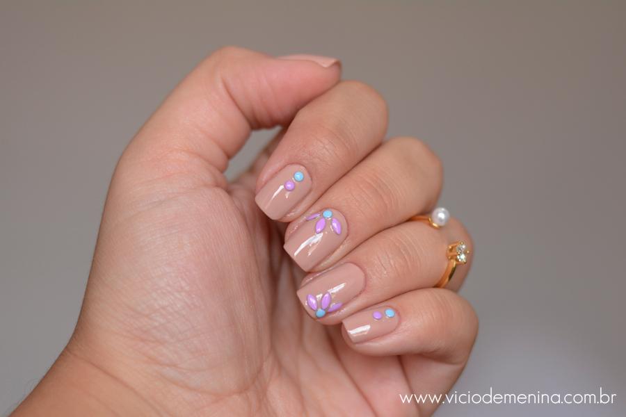 Studs_pastel_Nails_Unhas7