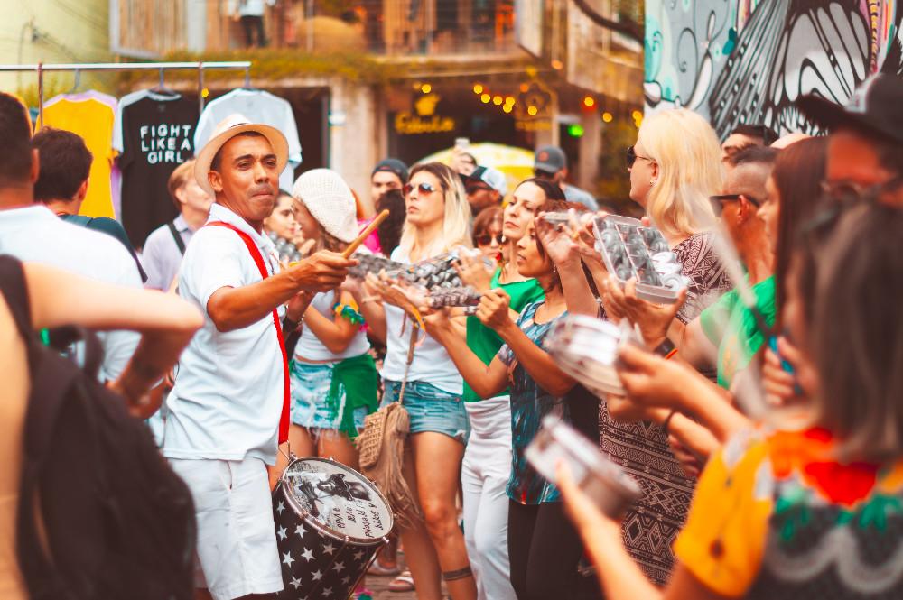 Bangalafumenga - O Banga anima os foliões no Aterro do Flamengo
